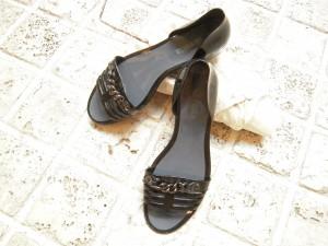 梅雨の時期の靴選び