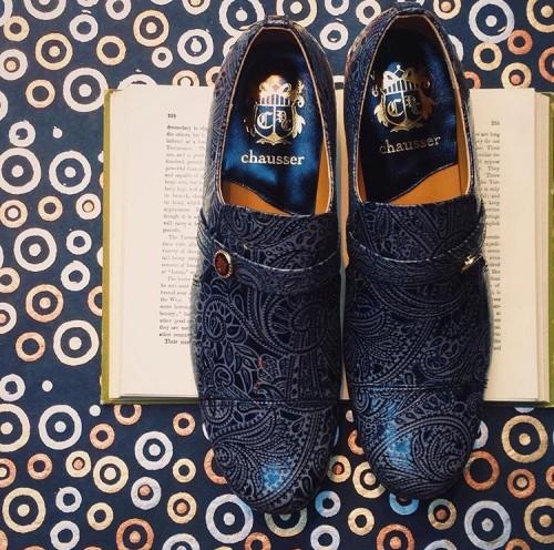 個性的な柄の靴の履きこなし