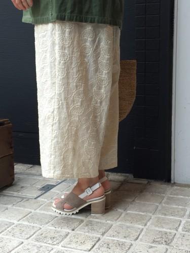 小さい足、細い足の方にもオススメ Luca Grossiのサンダル