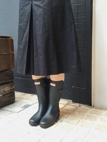 雨の日用の靴